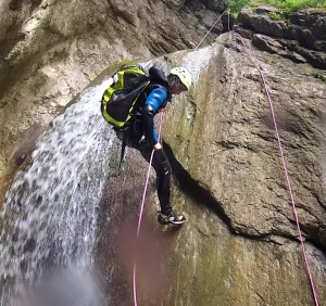 rappel canyoning annecy reposoir bauges