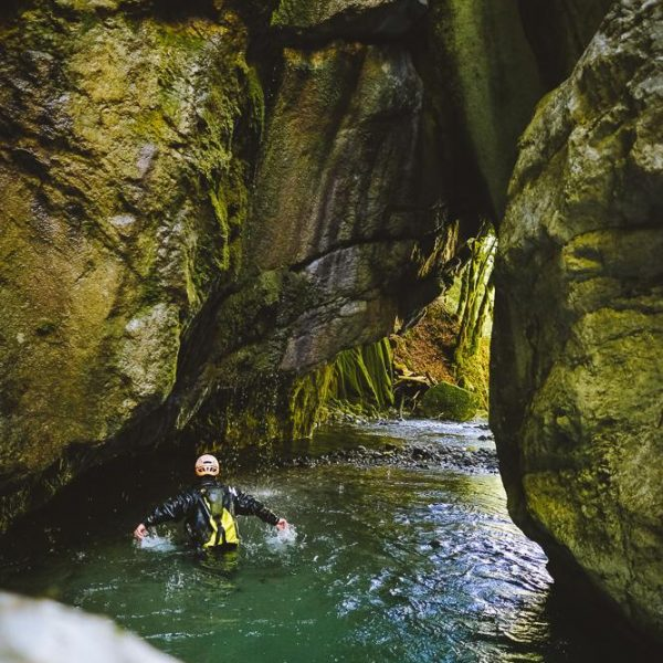 3 meilleurs canyoning annecy